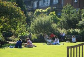 http://gardenpanorama.cz/wp-content/uploads/Chelsea_Physic_GardenIMG_9663_021-170x115.jpg