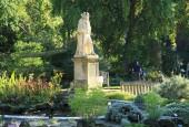 http://gardenpanorama.cz/wp-content/uploads/Chelsea_Physic_GardenIMG_9729_026-170x115.jpg