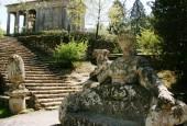 http://gardenpanorama.cz/wp-content/uploads/bomarzoimg_6676_0281-170x115.jpg