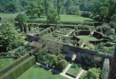 http://gardenpanorama.cz/wp-content/uploads/sisinghurst_0061-170x115.jpg