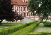 http://gardenpanorama.cz/wp-content/uploads/trojsky_zamek_img_9249_003-170x115.jpg